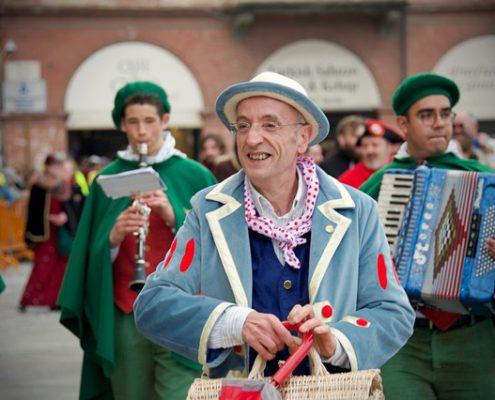 Ciaferlin, Gran Magnin e Gianduja raccontano il Carnevale