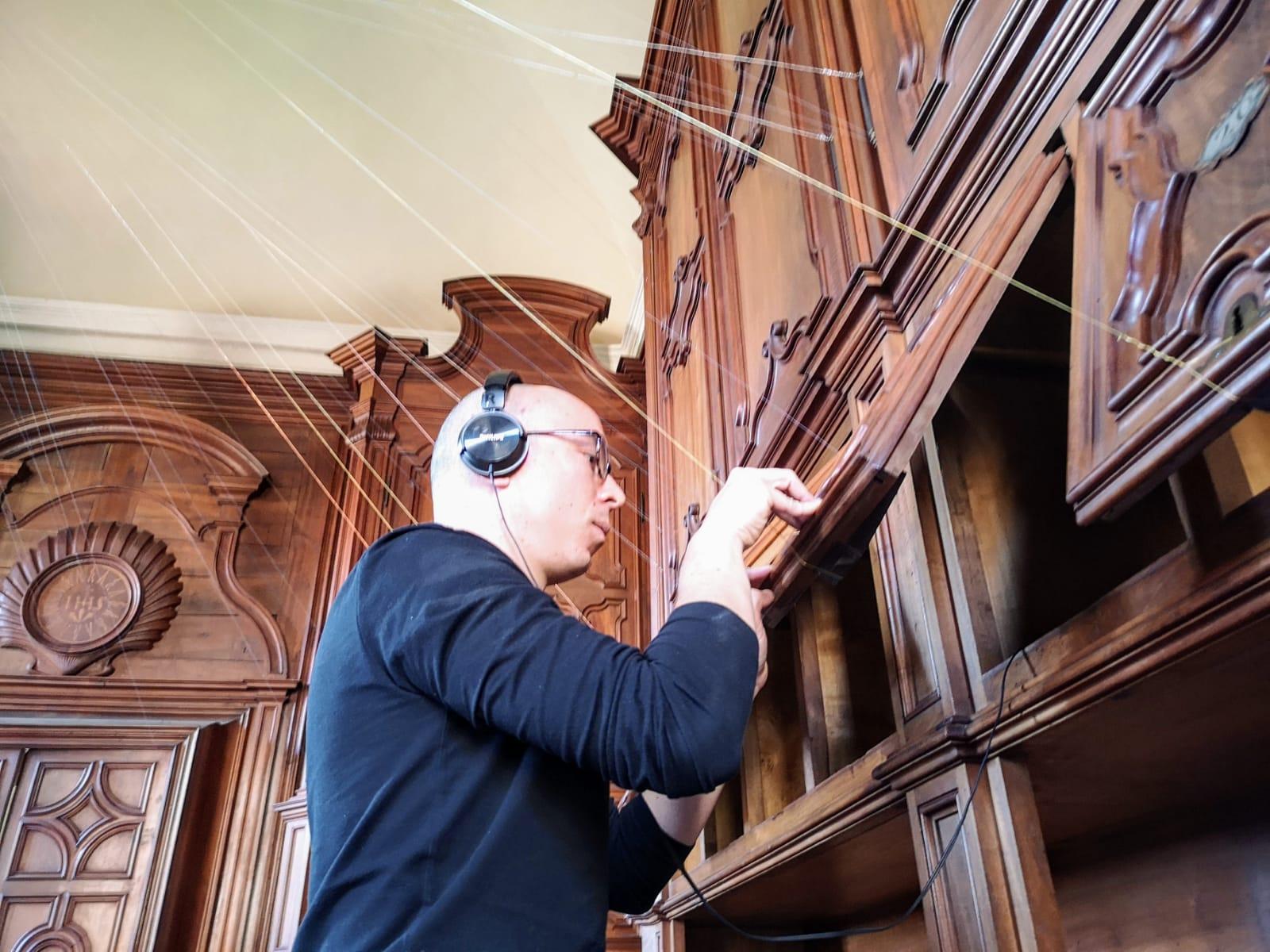 SANTIAGO REYES VILLAVECES dona la sua HARP alla Città di Saluzzo